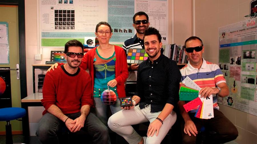 Demuestran que las gafas para daltónicos de una compañía de EU no son eficaces