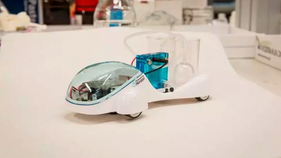 Prueban con éxito prototipo de coche de hidrógeno que genera y almacena gas de forma segura