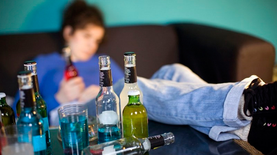Los pediatras recomiendan 'cero alcohol' hasta los 18 años