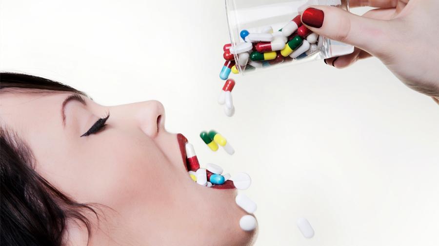 Alerta la OMS sobre superbacterias mortales ante el excesivo consumo de antibióticos