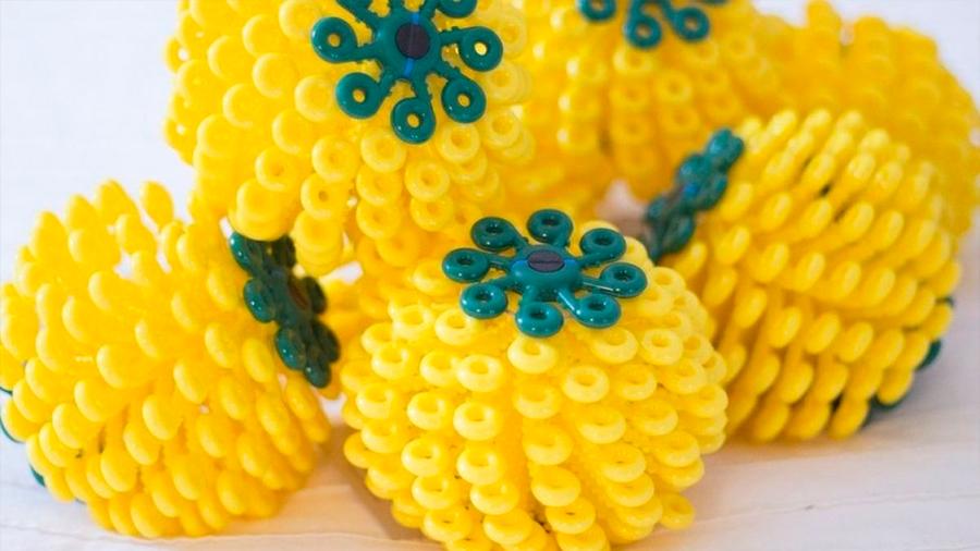¿Por qué metiendo estas bolas en tu lavadora puedes reducir la contaminación de los océanos?