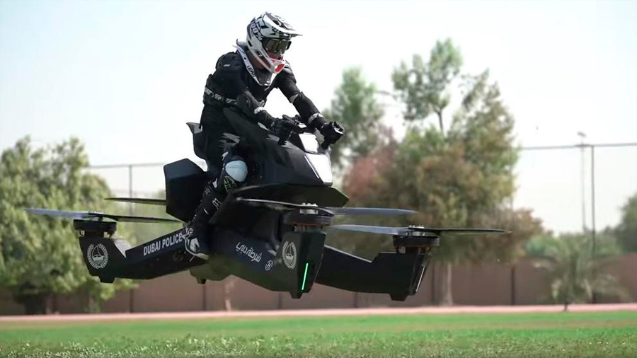 Así se entrena policía de Dubái en motos voladoras que utilizará en 2020