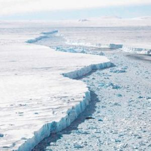 Nuevo iceberg masivo se desprende de un inestable glaciar antártico