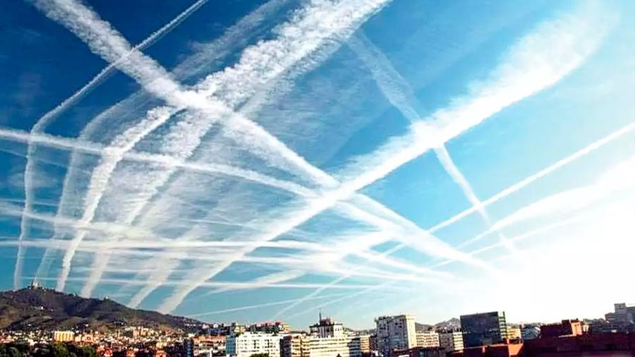 Enfriar el mundo esparciendo aerosoles con aviones es caro pero viable