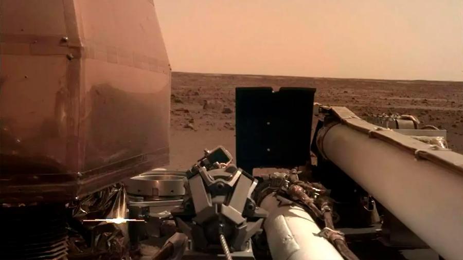 El aterrizador InSight ya produce su energía en Marte. ¿Y ahora, qué?