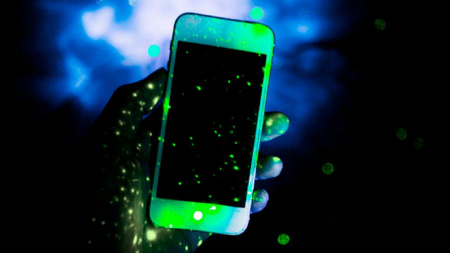 Científicos descubren que los celulares poseen más bacterias que un inodoro