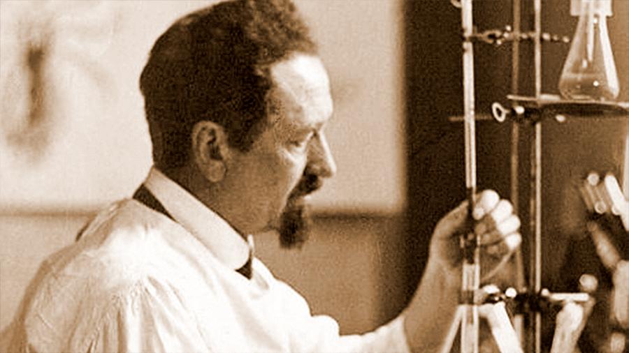 Rudolf Weigl, el científico que creó un ejército de piojos contra los nazis