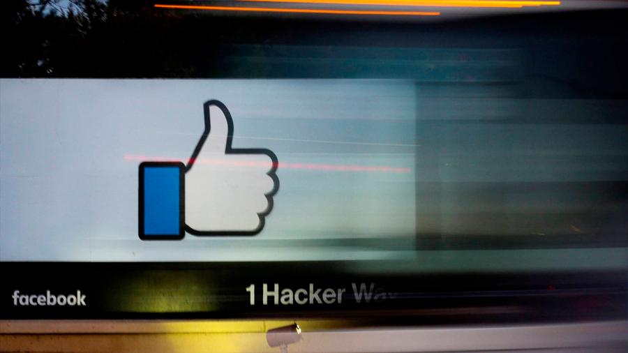 Documentos internos de Facebook revelan cómo debatía vender datos de usuarios