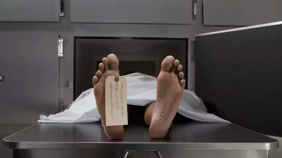 Después de morir seguimos atrapados en nuestro cuerpo por horas, postulan científicos tras pruebas