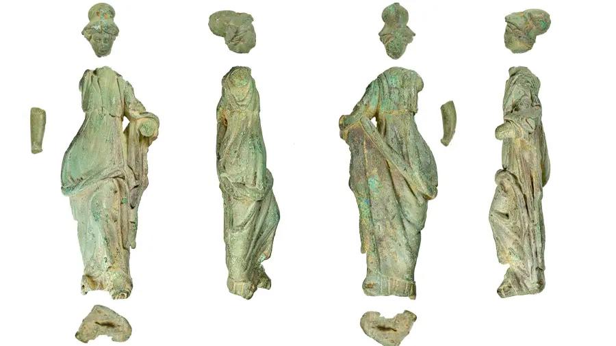 Hallan en perfecta condición estatua romana de 2,000 años de antigüedad en ¡tina de margarina¡