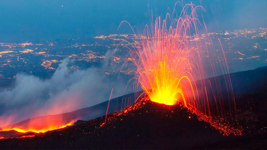 Etna: el volcán más activo de Europa, entra en erupción y genera cientos de terremotos en su entorno
