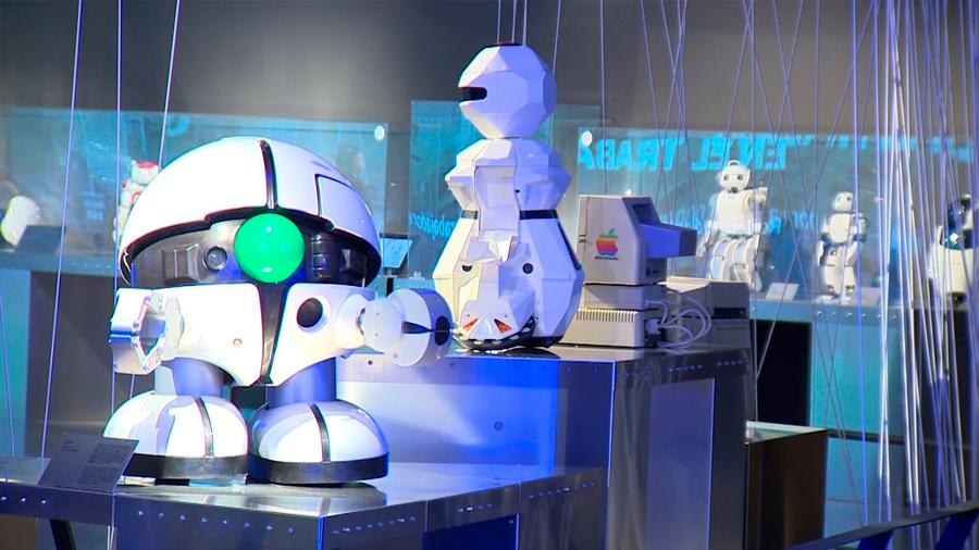 'Nosotros, Robots', la singular expo que se monta en Madrid para reflexionar sobre la robótica