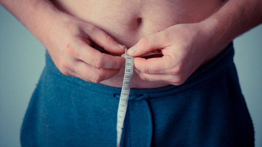 El ejercicio sí reduce la grasa abdominal y la clave puede estar en la interleucina