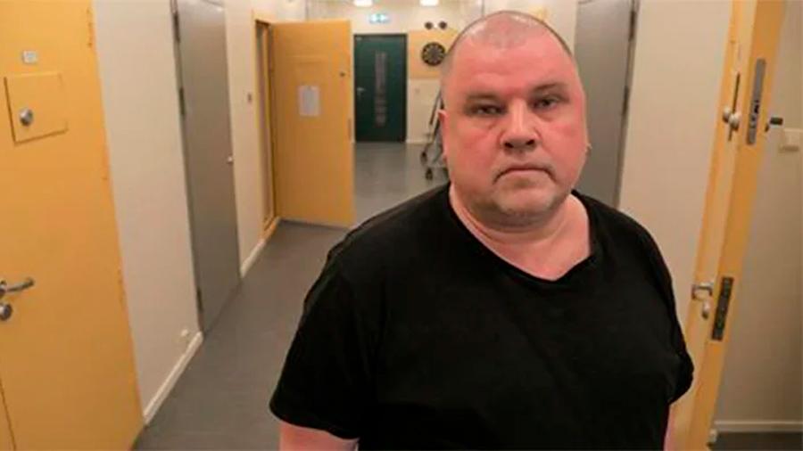 Prisionero demanda a cárcel por engordarlo