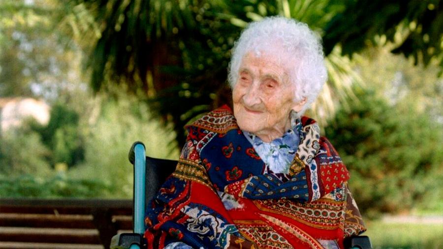 Cuestionan científicos longevidad de decana francesa