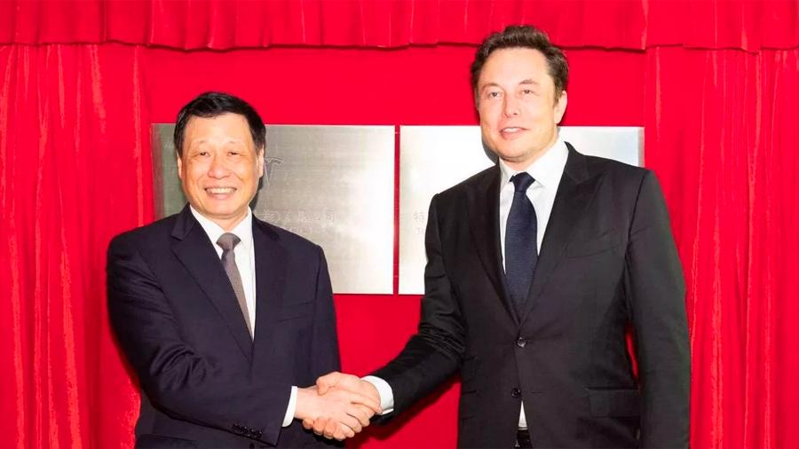Elon Musk construye Tesla Gigafactory en Shanghai para evitar guerra comercial de China y EU