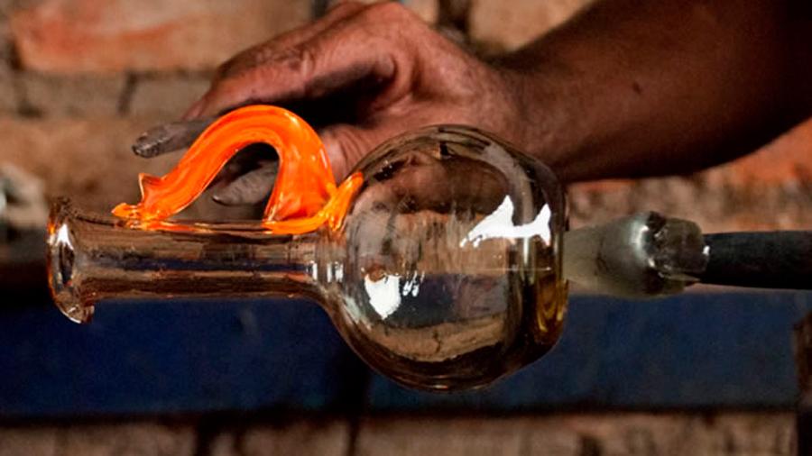 Componente con el que se fabrica el vidrio proviene de supernovas
