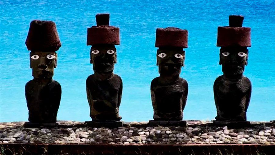 Científicos descubren secreto tras los Moái en la Isla de Pascua: tendría que ver con acceso a agua dulce