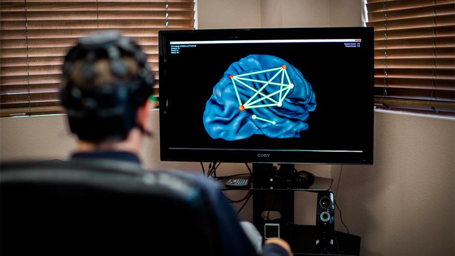 Diseña especialista mexicano dispositivo que facilita rehabilitación en pacientes con lesiones cerebrales