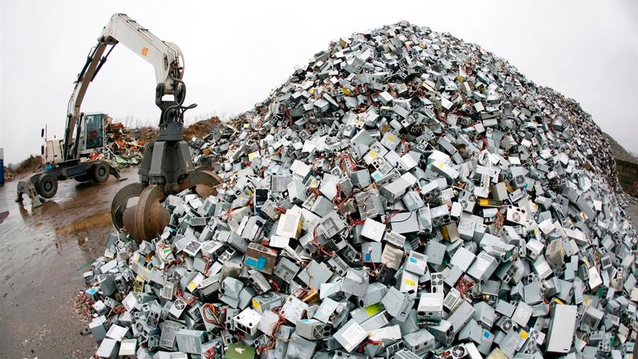 La basura electrónica en 4 gráficos: cómo el mundo desperdicia US$62.500 millones cada año
