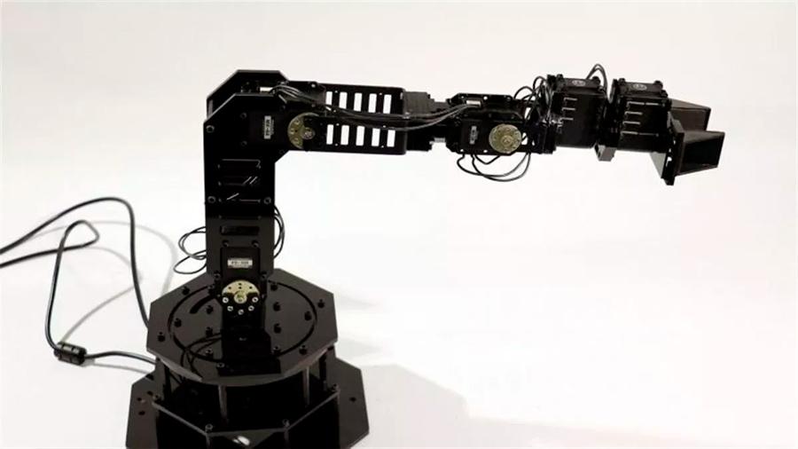 Un nuevo robot es capaz de … ¡imaginarse a sí mismo!