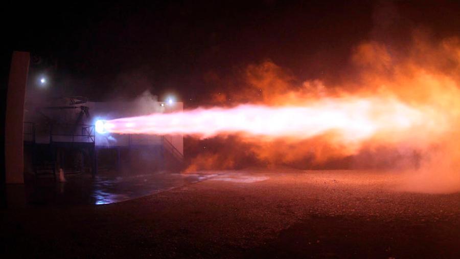 Space X prueba motor para viajar a Marte
