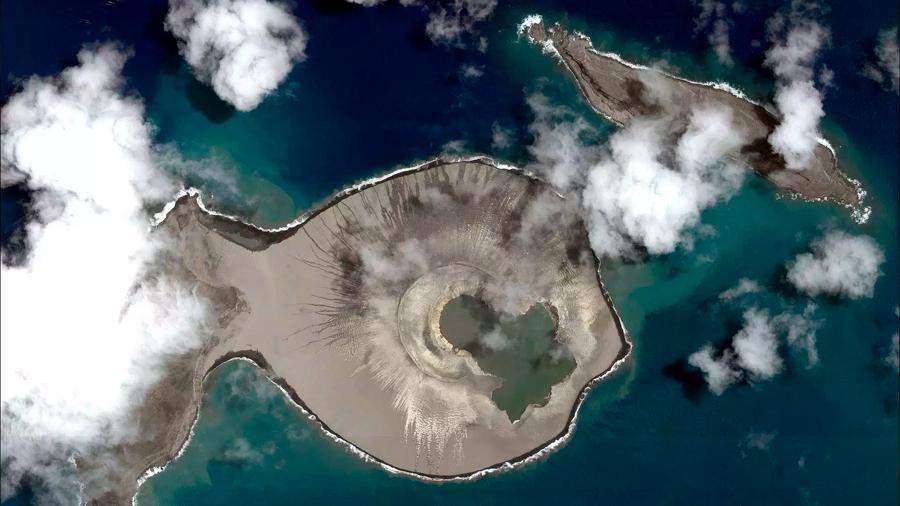 La NASA vio nacer una pequeña isla en directo y ahora la ha visitado