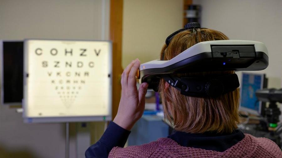 Crean simulador que comprueba el resultado de una operación de vista antes del quirófano