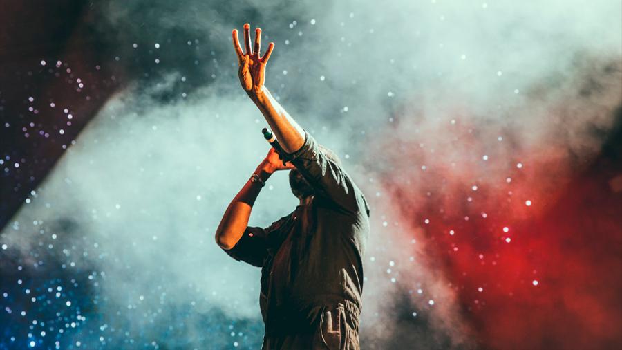 Un tratamiento ha devuelto la voz a 18 cantantes ganadores del Premio Grammy