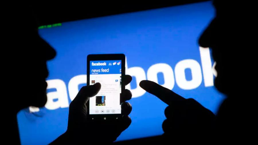 Alemania prohíbe a Facebook recopilar datos de usuarios a través de terceros sin su aval