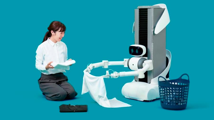 Ingenieros japoneses presentan un robot que lava, cuelga y recoge la ropa