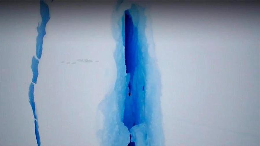 Cuenta atrás para un nuevo iceberg gigante en la Antártida