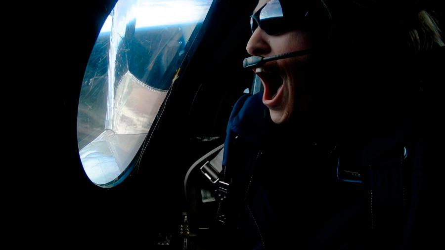 Observa cómo fue el vuelo de la primera turista espacial en una nave de Virgin Galactic