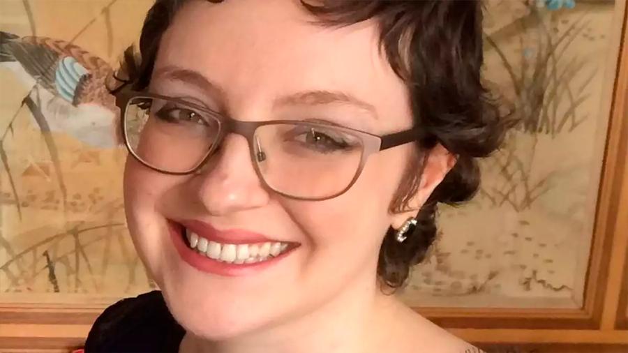 Muere Rebecca Henderson, la joven que llevaba un corazón artificial en la mochila