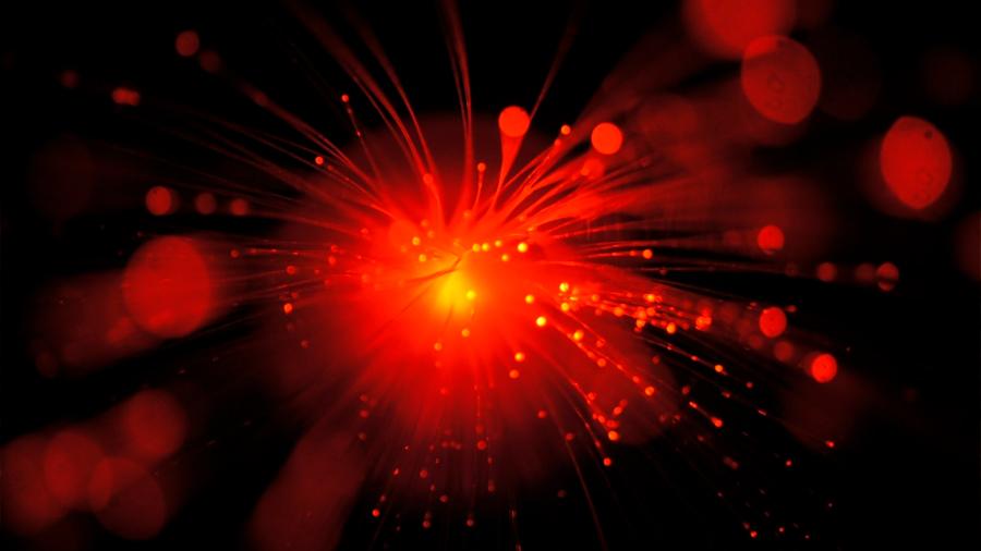Vidrio y metal ya pueden soldarse con un láser ultraveloz
