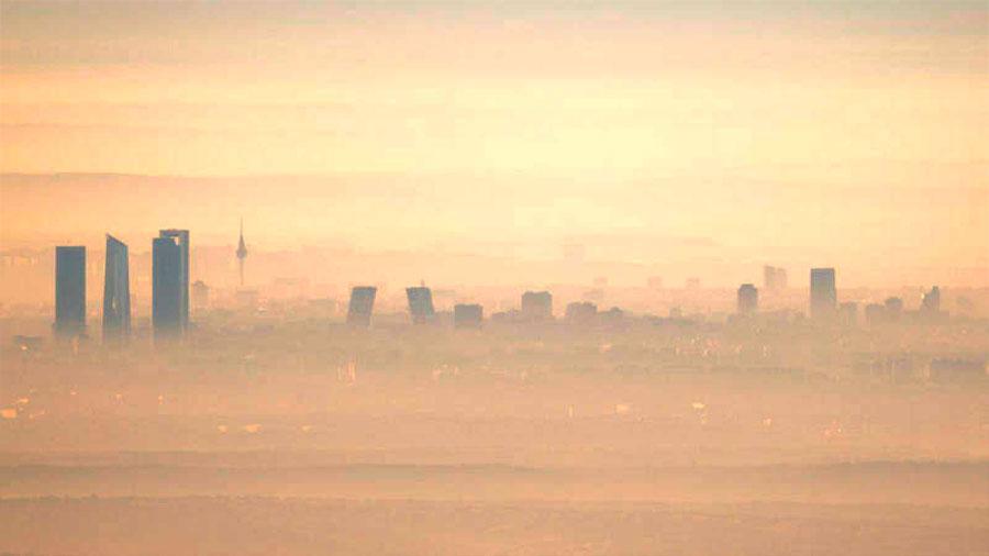 La contaminación del aire causa el doble de muertes de lo estimado hasta ahora: 8.8 millones al año