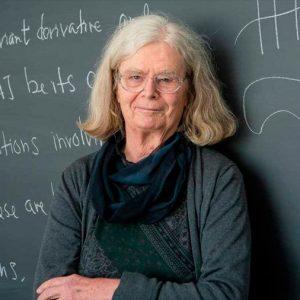 Karen Uhlenbeck primera mujer en ganar 'Nobel' de matemáticas