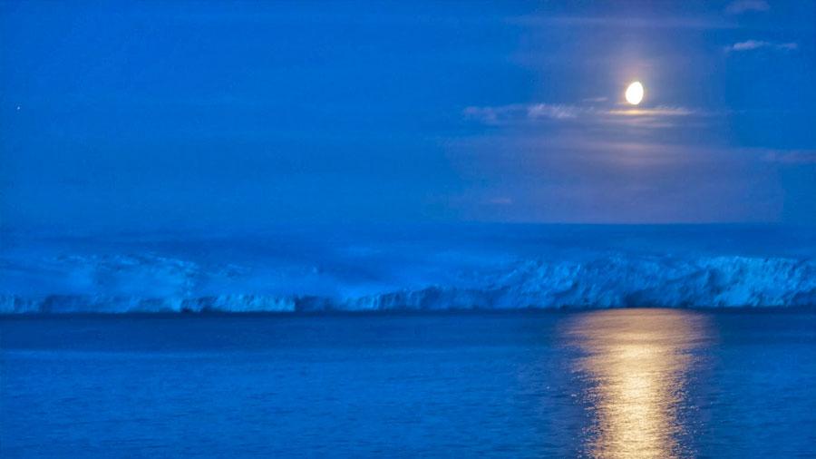 """La Antártida sufre pequeños y extraños """"hielomotos"""" durante las noches"""