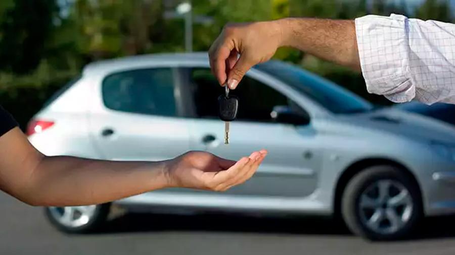¿Sabes cómo interpretar el Libro Azul de carros?