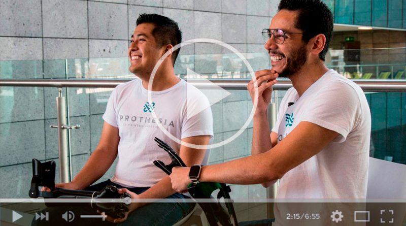 Jóvenes universitarios crean prótesis con impresión 3D a bajo costo