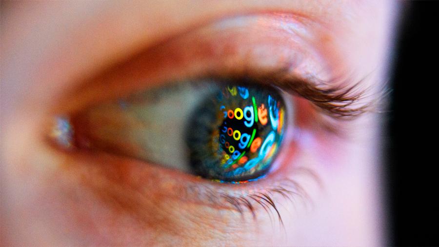 Polémica en Google por incluir a una negacionista en su comité de ética