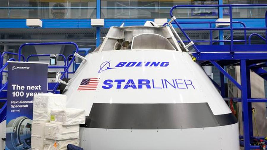 Nueva cápsula espacial de Boeing enfrenta más retrasos