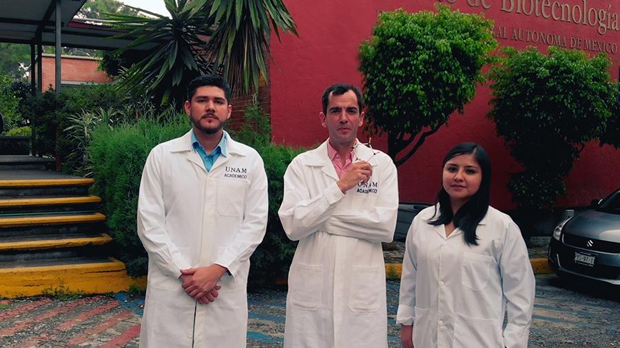Instituto de Biotecnología de la UNAM transfiere tecnología a tres jóvenes empresarios que egresaron del mismo