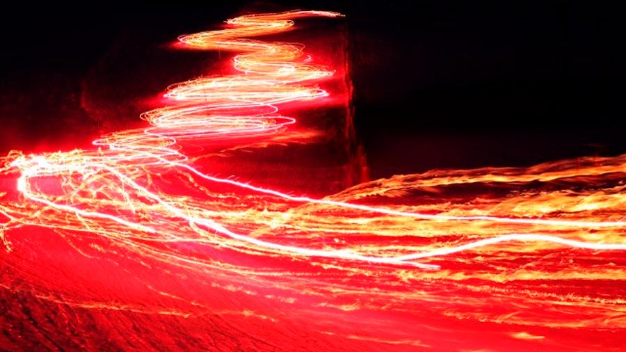 Logran controlar la velocidad de la luz a la intemperie, incluso marcha atrás