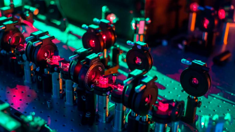 Cualquier futuro posible, generado en un dispositivo cuántico