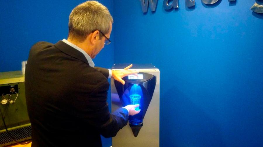 Así es como esta startup hace agua del aire