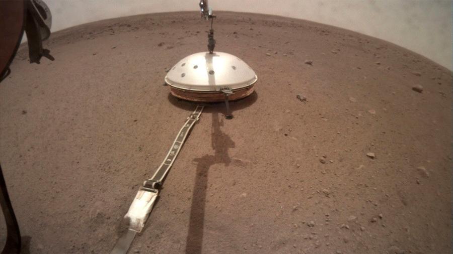 Sismómetro de la NASA en Marte detecta el primer movimiento sísmico en el planeta rojo