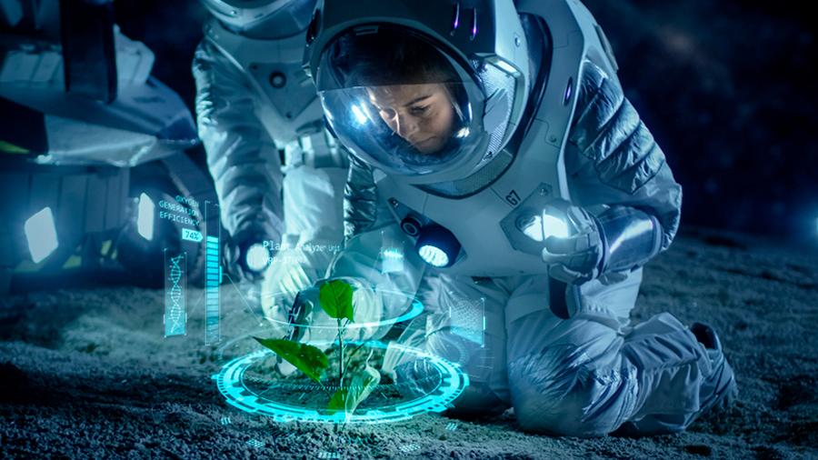 Científico mexicano busca sembrar plantas en el espacio para alimentar a astronautas de la NASA