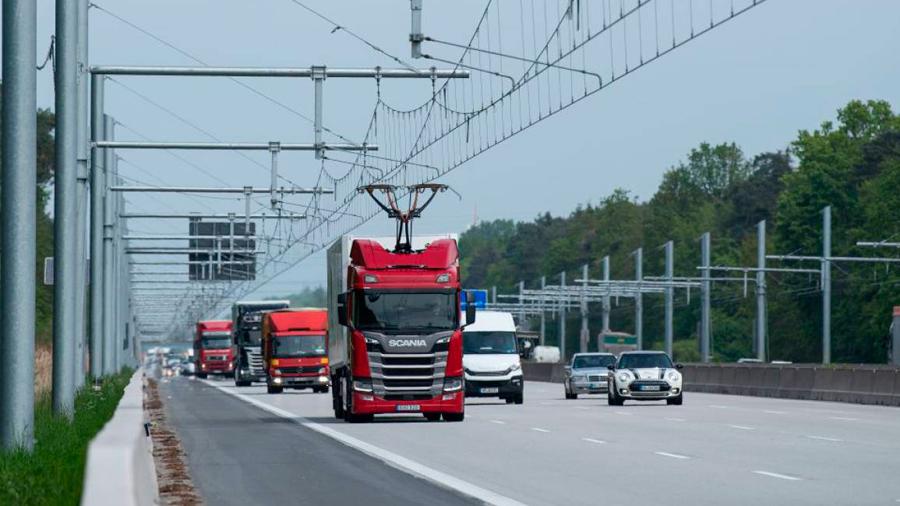 Alemania estrena la primera autopista eléctrica para camiones