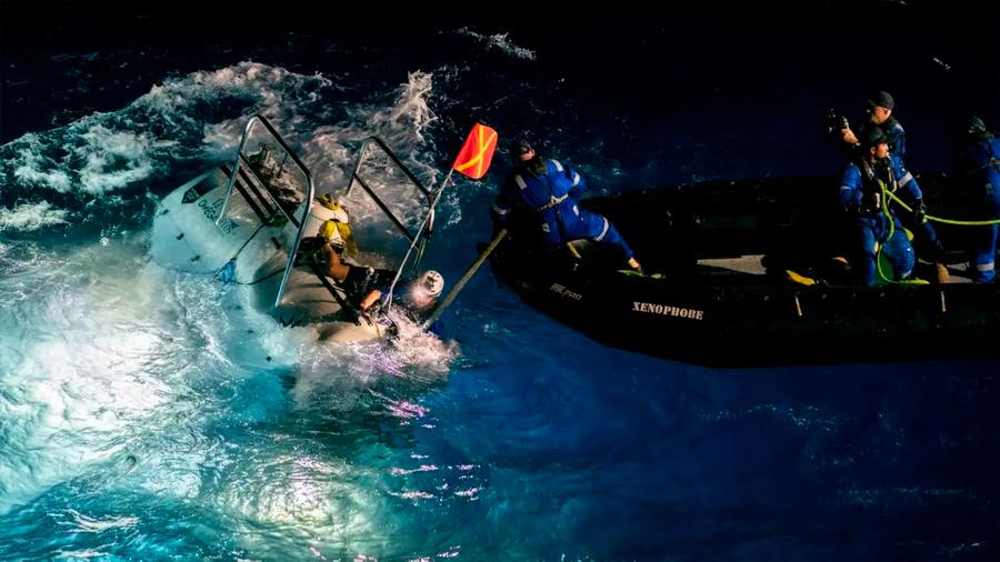 Rompen el récord de la inmersión más profunda en la fosa de las Marianas: once kilómetros